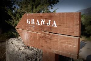 portic_granja1